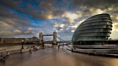 London City Hall and Tower Bridge, photo: Martin Soler